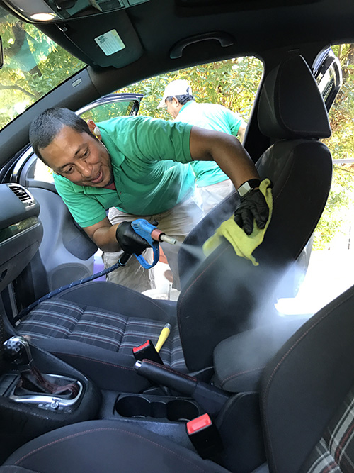pressurized steam clean auto detail service